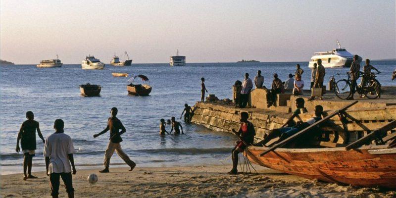 Children playing - Zanzibar